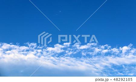 空と雲 48292105
