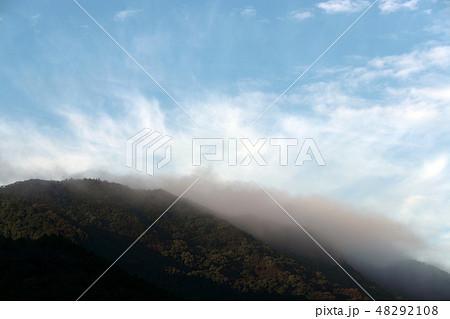 空と雲 48292108