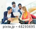 グローバルビジネス チームワーク 多国籍  外資系 ベンチャー IT 48293695