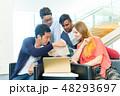 グローバルビジネス チームワーク 多国籍  外資系 ベンチャー IT 48293697