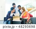 グローバルビジネス チームワーク 多国籍  外資系 ベンチャー IT 48293698