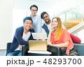 グローバルビジネス チームワーク 多国籍  外資系 ベンチャー IT 48293700