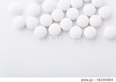 錠剤 48294884