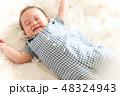 男の子 赤ちゃん 赤ん坊の写真 48324943