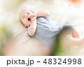 男の子 赤ちゃん 赤ん坊の写真 48324998