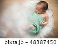 ベビー 男の子 誕生の写真 48387450