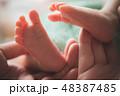 ベビー 新生児 男の子の写真 48387485