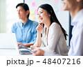会議 ビジネスウーマン ノートパソコンの写真 48407216