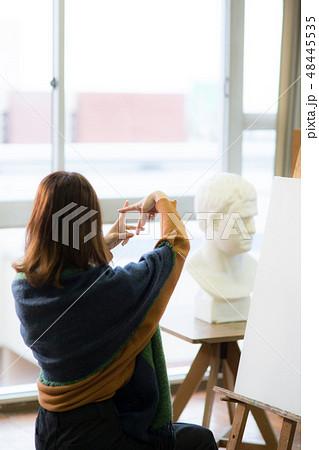 美術アトリエ 石膏デッサン 48445535