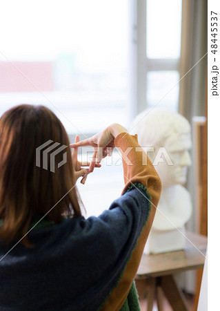 美術アトリエ 石膏デッサン 48445537