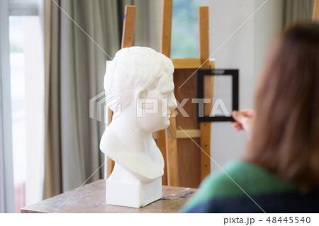 美術アトリエ 石膏デッサン 48445540