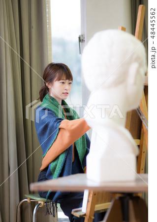 美術アトリエ 石膏デッサン 48445562