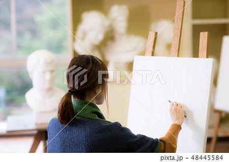 美術アトリエ 石膏デッサン 48445584