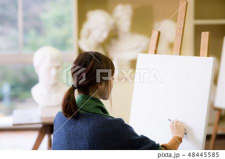 美術アトリエ 石膏デッサン 48445585