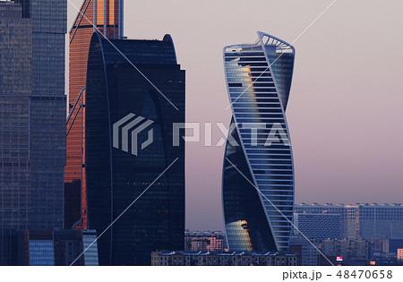 モスクワシティ モスクワ ロシア ヨーロッパ 海外 高層ビル モスクワ中心部 晴れ 黄昏 48470658