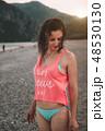 ビーチ 浜辺 ビキニの写真 48530130