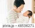 アジア人 親子 赤ちゃんの写真 48536271