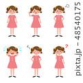 女の子 セット 子供のイラスト 48540175