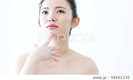 若い女性のビューティーイメージ 48602230