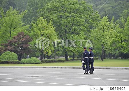 軍人 歩き方 成人 48626495