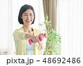 ミドル女性 エクササイズイメージ 48692486