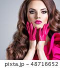 女 女の人 女性の写真 48716652