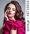 ファッション 流行 女の写真 48716658