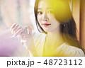 若い女性 女性 アジア人の写真 48723112