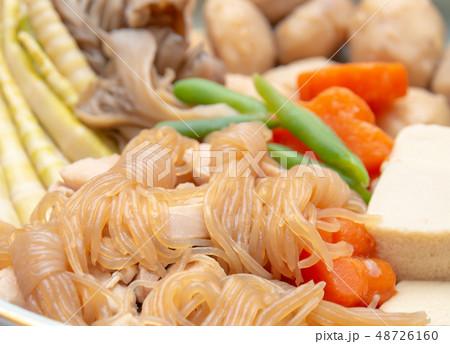 おいしそうな煮物 和食 家庭料理 48726160