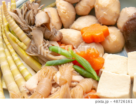 おいしそうな煮物 和食 家庭料理 48726161
