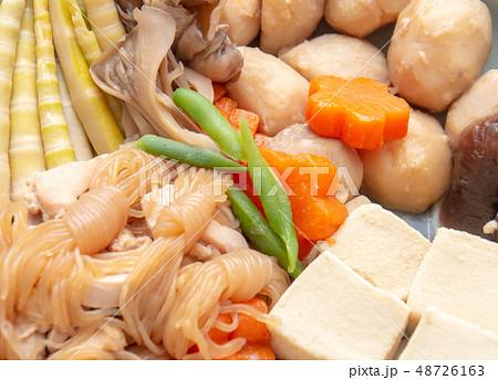 おいしそうな煮物 和食 家庭料理 48726163