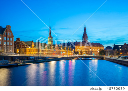 Night view on Christiansborg Palace in Copenhagen 48730039