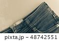 デニム ジーパン 生地 布 レトロ カジュアル インディコ ビンテージ イメージ 背景 素材  48742551
