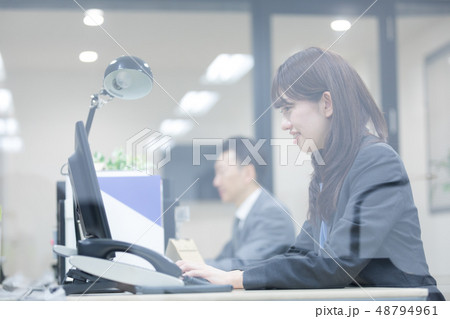 ビジネスシーン 48794961