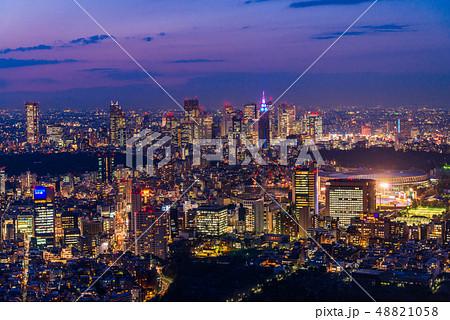 東京都市風景 夕景 トワイライト 48821058