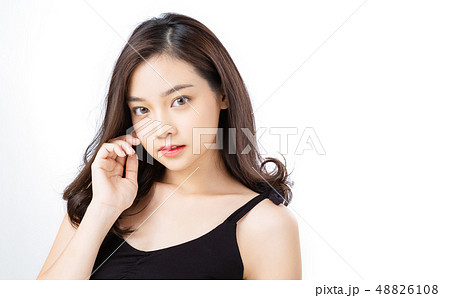 女性 ビューティー 48826108