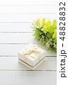 プレゼント ギフト 贈り物の写真 48828832
