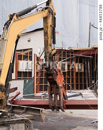 建物の解体工事 48853786
