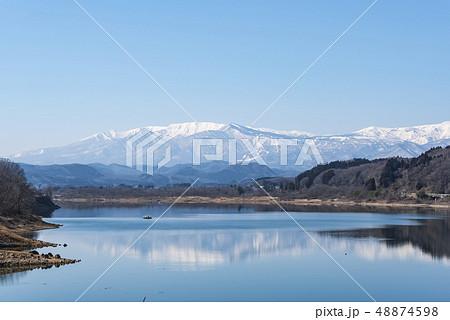蔵王山と釜房湖 48874598