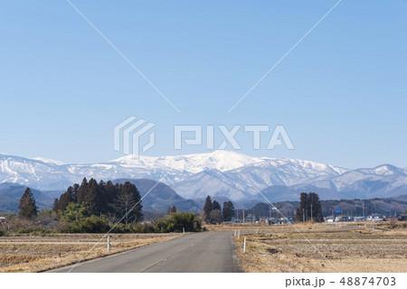 蔵王山と釜房湖 48874703