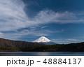 西湖湖畔からの富士山 48884137