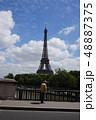 パリ 風景 高齢者 48887375