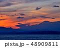 海 夕暮れ 藤沢市の写真 48909811