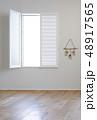 白い窓 48917565
