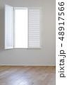白い窓 48917566