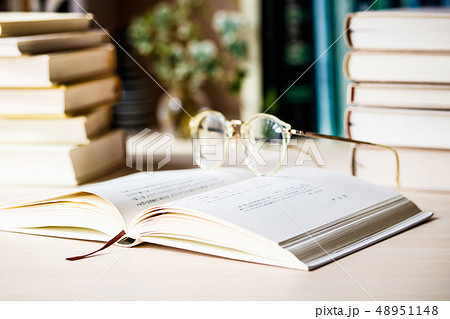本 書籍 書物 読書 48951148