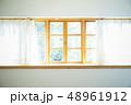 窓 48961912