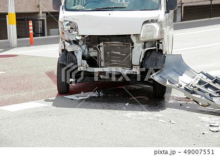 車 事故 傷 へこみ 49007551