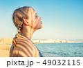 女の子 女子 海の写真 49032115