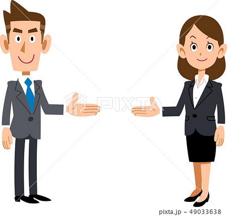 両側で紹介する会社員の男女のセット 49033638
